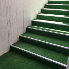 Merdiven Çim Halı